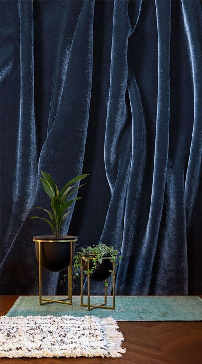 Rèm cửa vải nhung cho phòng hiện đại.