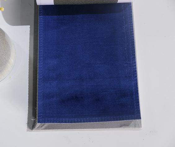 Chất liệu của rèm vải nhung nỉ RTM 102-19 mềm mại, dày dặn